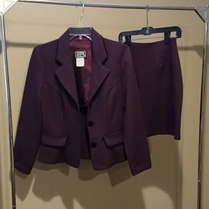 Long sleeve purple suit with black trim size 5